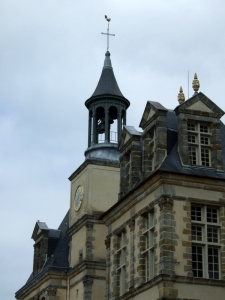 One tip of Fontainebleau Chateau