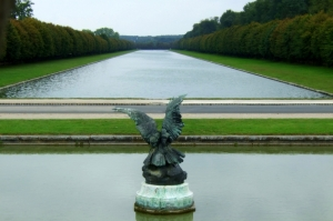 Angel of the canal (Av. des Cascades)